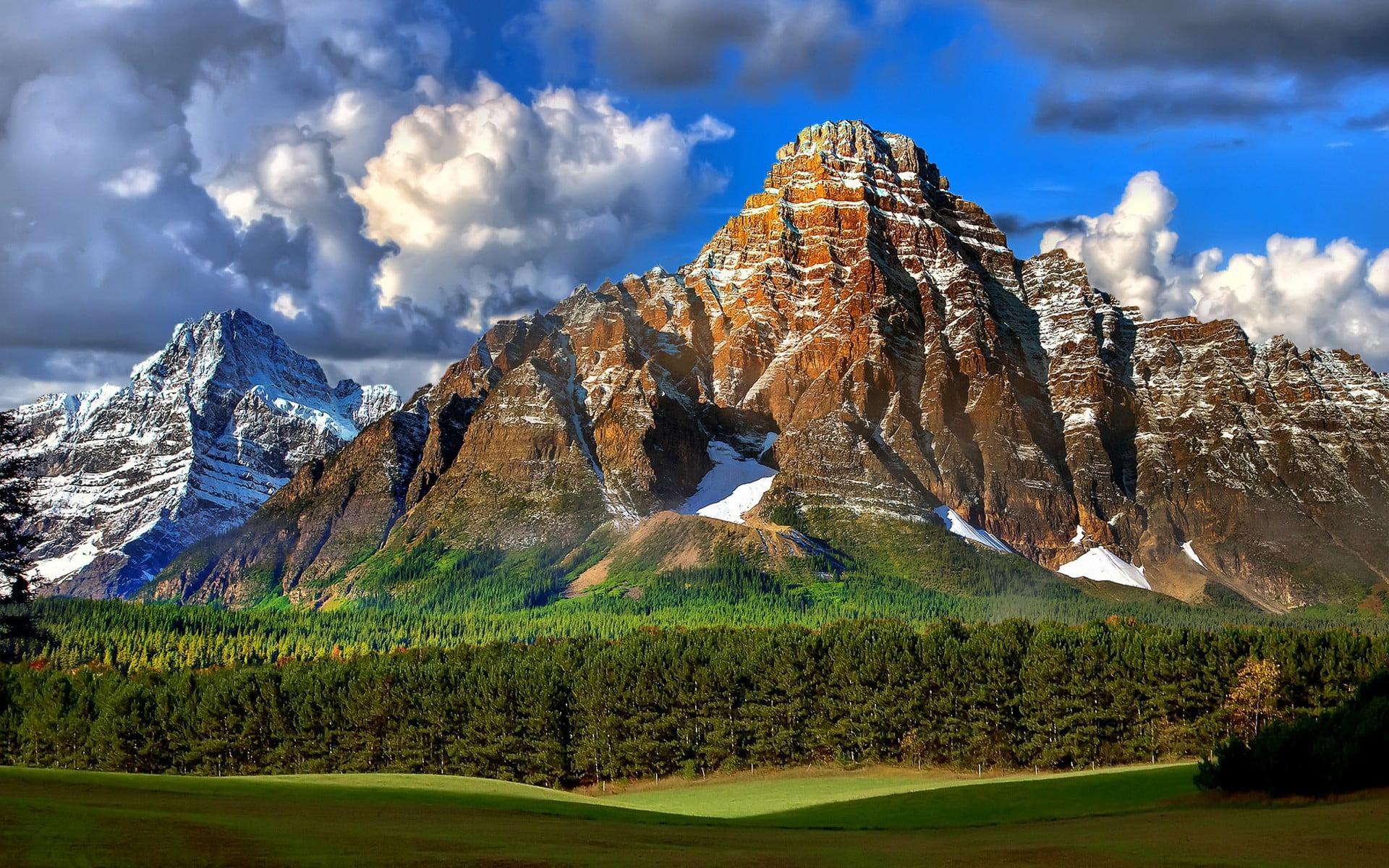brown rocky mountain landscape