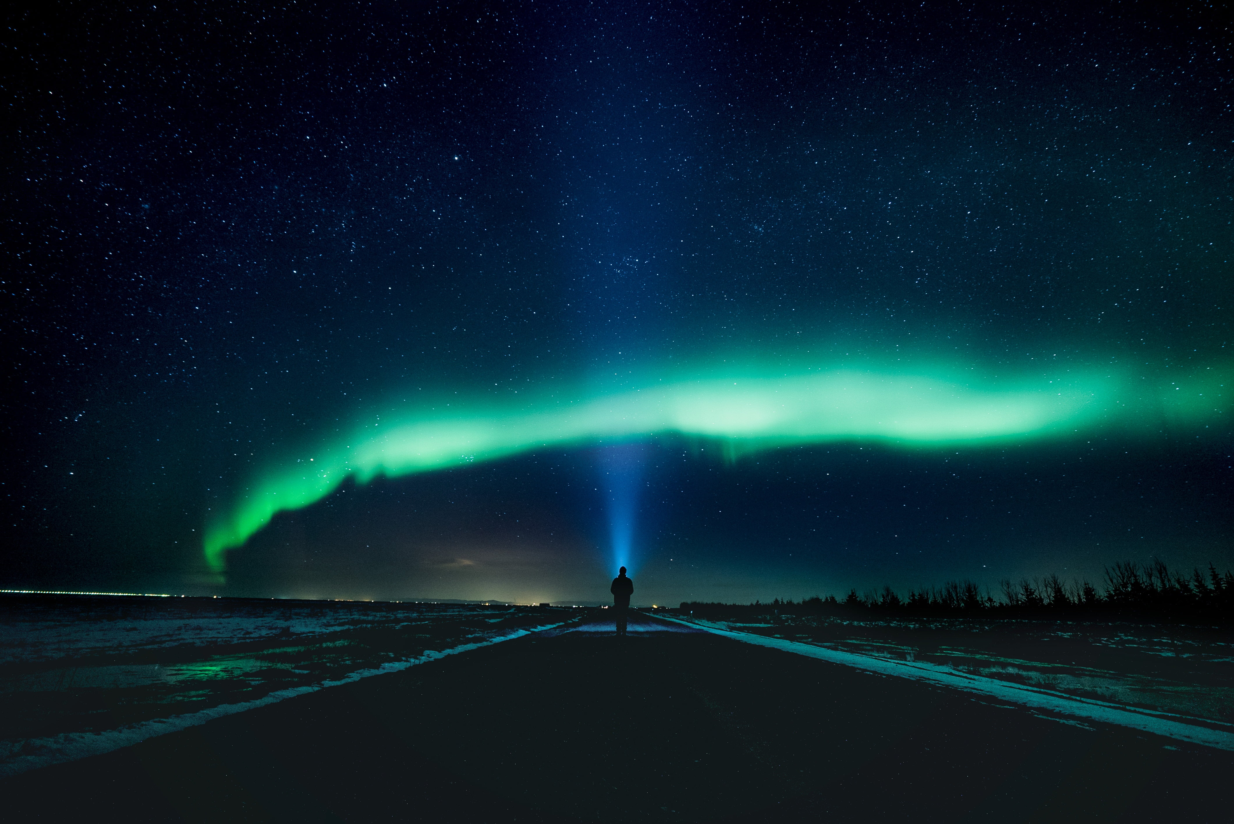 aurora borealis alone northern