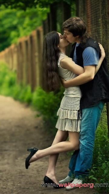 Baby Girl Wallpapers For Mobile Phone Download Lovers Kissing Romantic Wallpapers For Your
