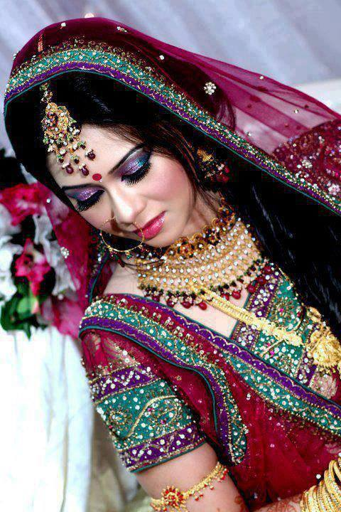 Bollywood Girl Wallpaper Download Download Indian Bride Desi Girl Wallpapers For Your