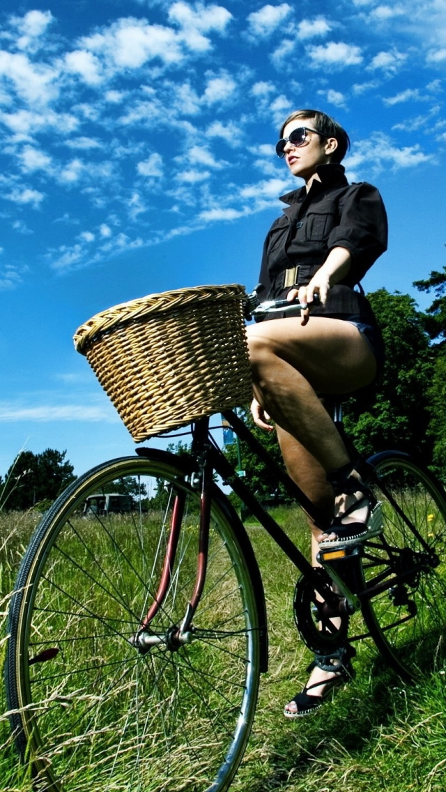 Cool Attitude Girls Wallpaper Download Bicycle Ride Iphone Wallpaper Desi Girl