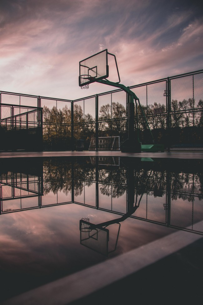 High Res Iphone X Wallpaper Wallpaper Basketball Court Reflection Water Puddle
