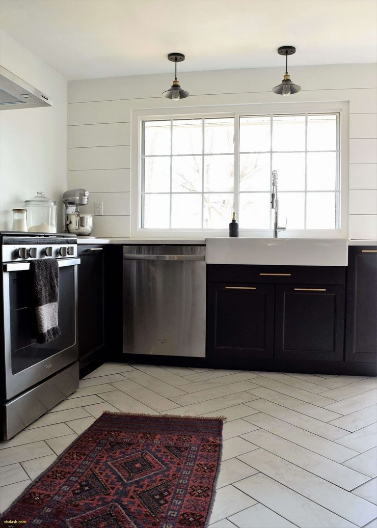How To Decorate A Kitchen Island