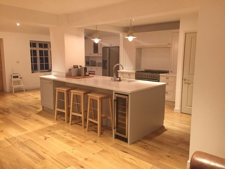 Kitchen Island With Structural Post