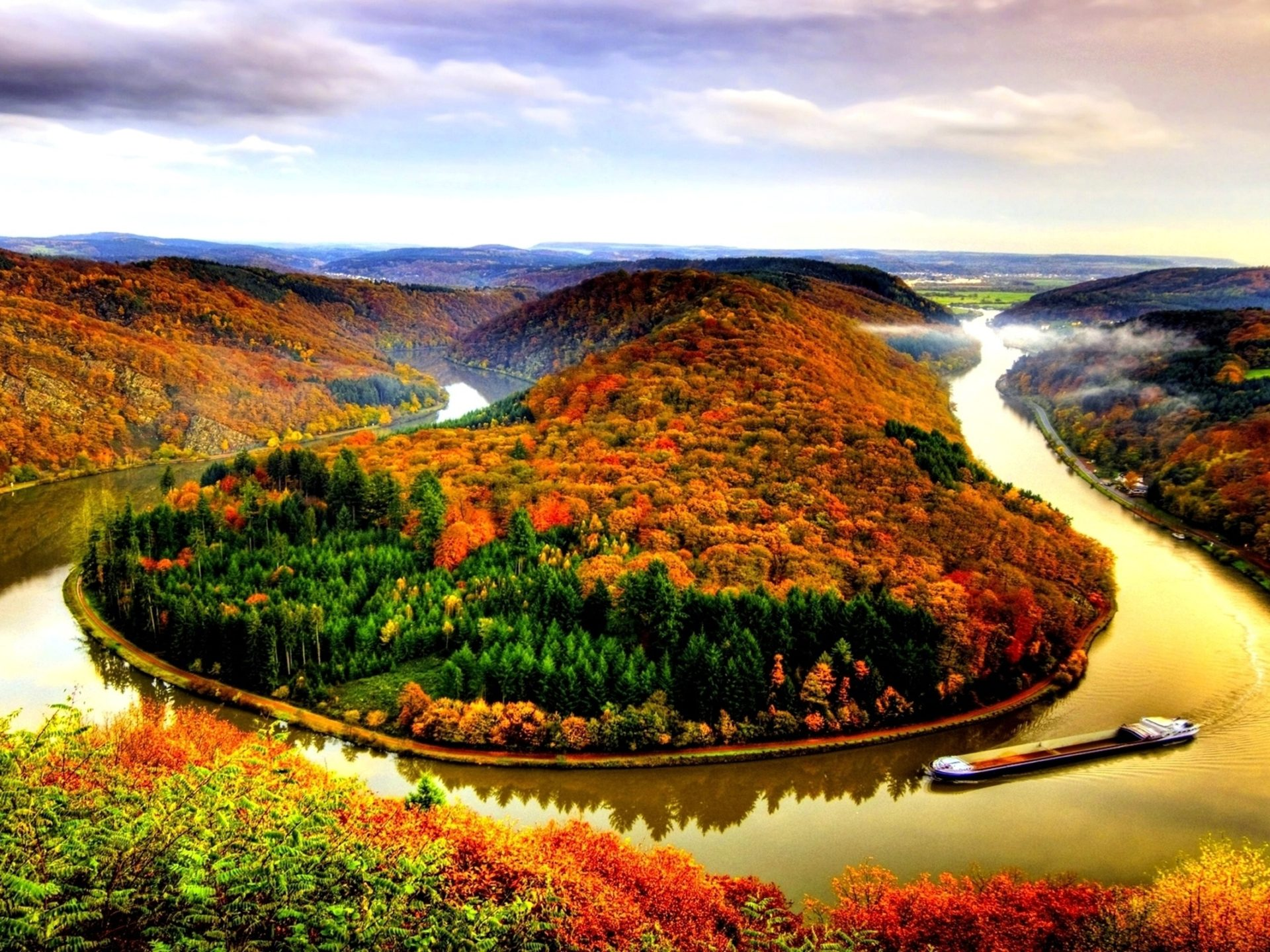 Free Hd Fall Wallpaper Autumn River Wallpaper Wallpapers13 Com