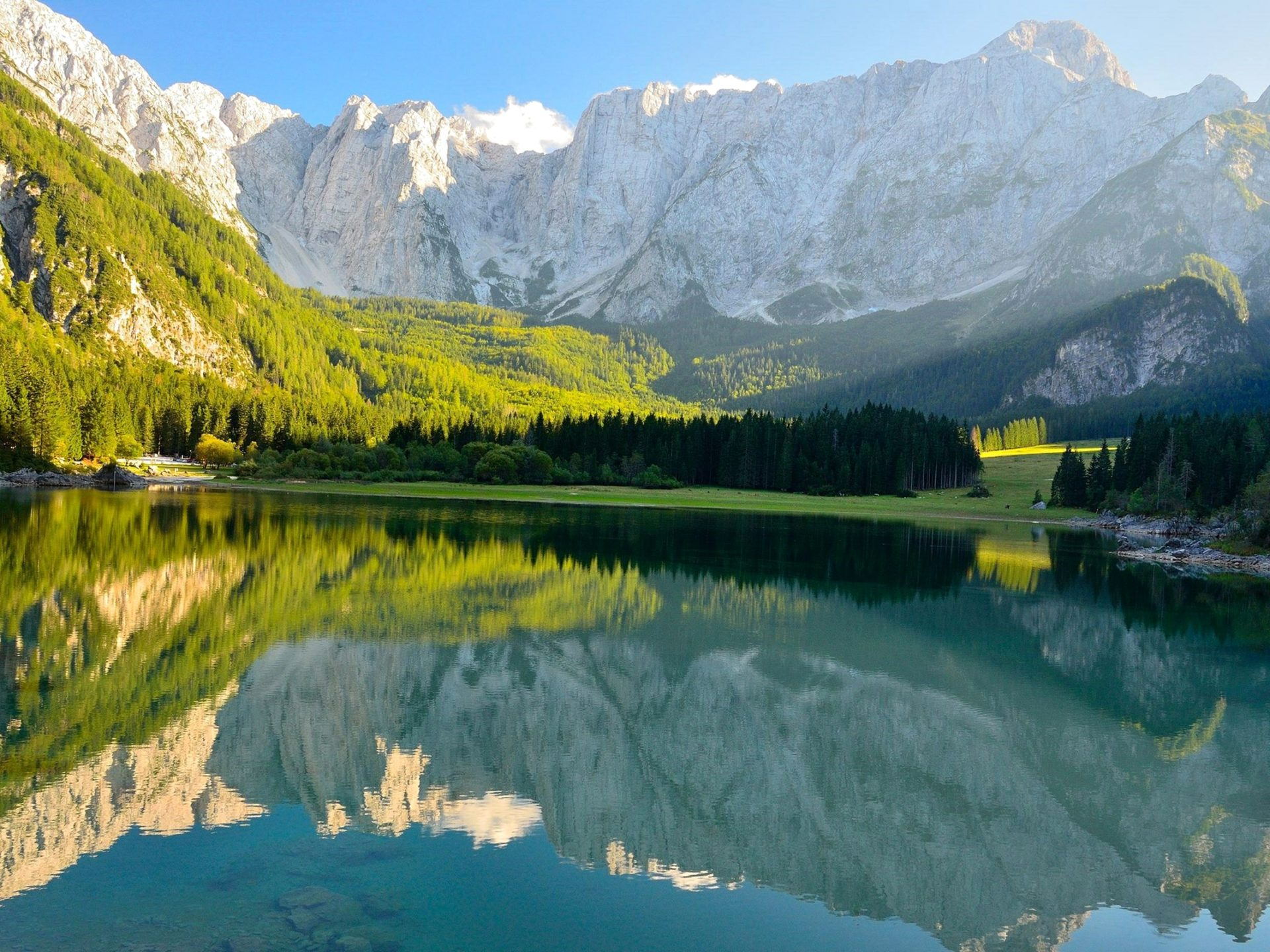 Hd Christmas Wallpapers 1080p Italy Mountains Lake Forests Scenery Nature 412799