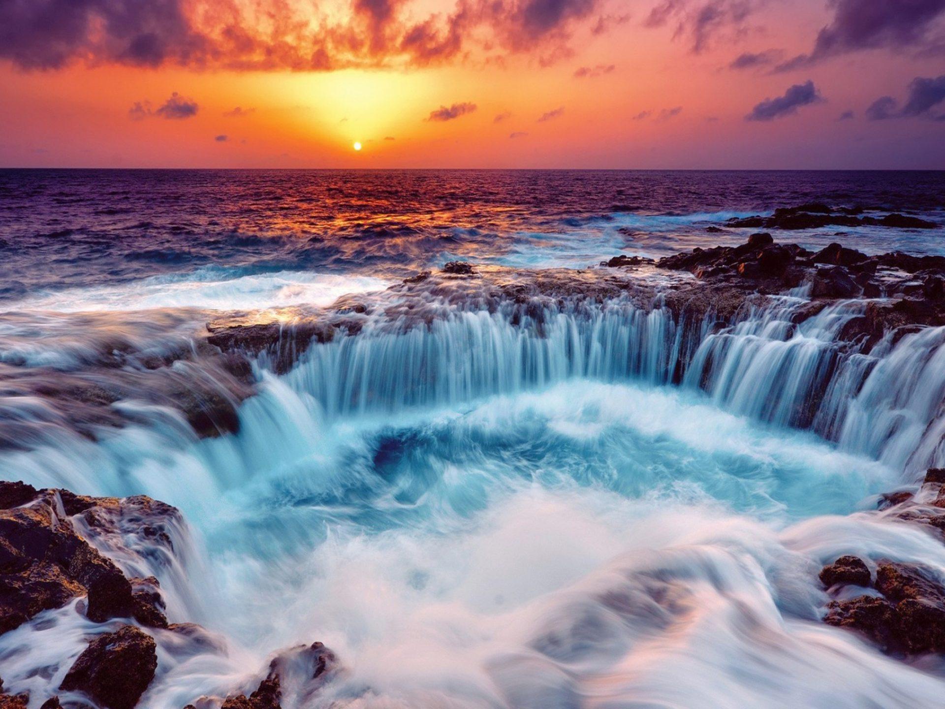 Niagara Falls At Night Wallpaper Hd Gorgeous Falls In A Rocky Seashore At Sunset Hdr Hd