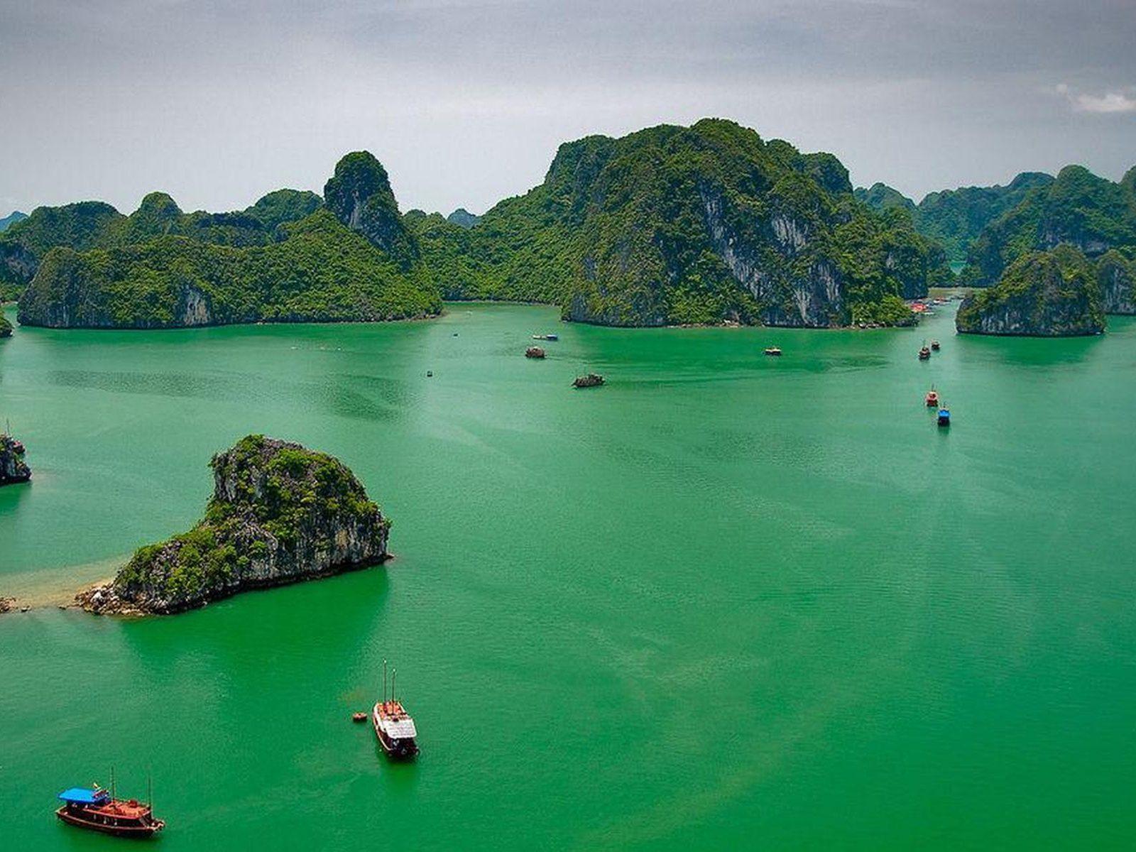 Hd 1080p Christmas Wallpaper Ha Long Bay Vietnam 157163 Wallpapers13 Com