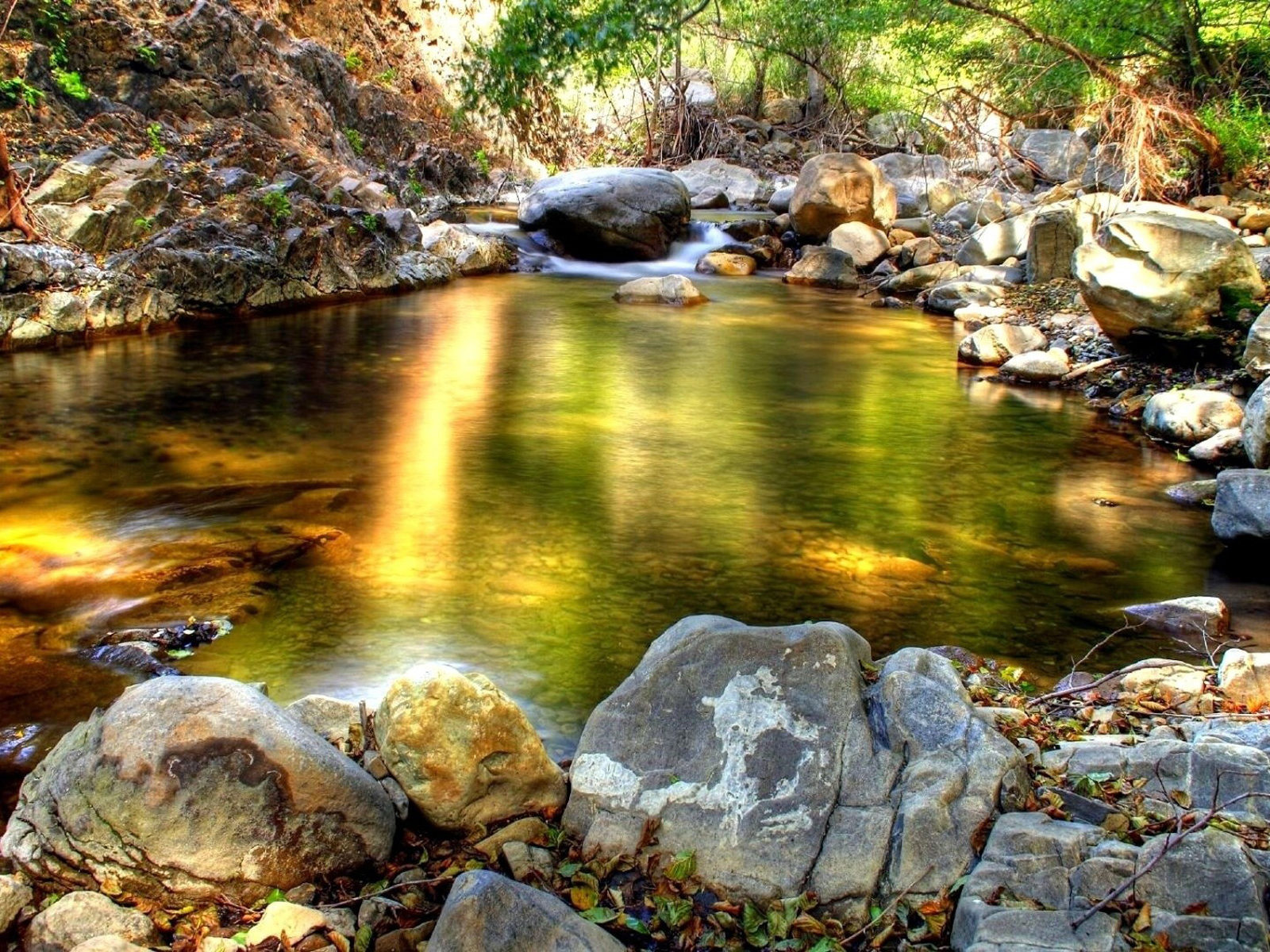 Fall Wallpaper Lake Mountain Stream Rocks Wallpaper 92641 Wallpapers13 Com