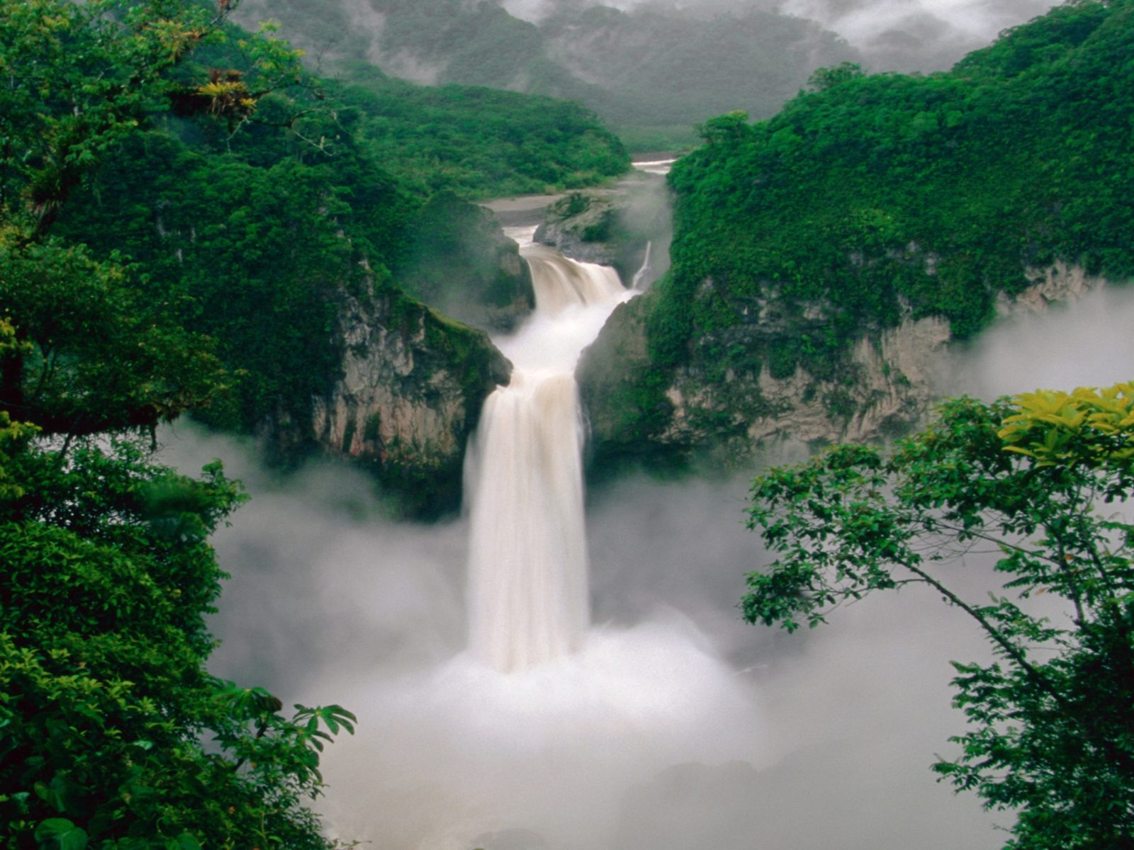 Wallpapers Waterfall Mountain Fores Hd Wallpaper