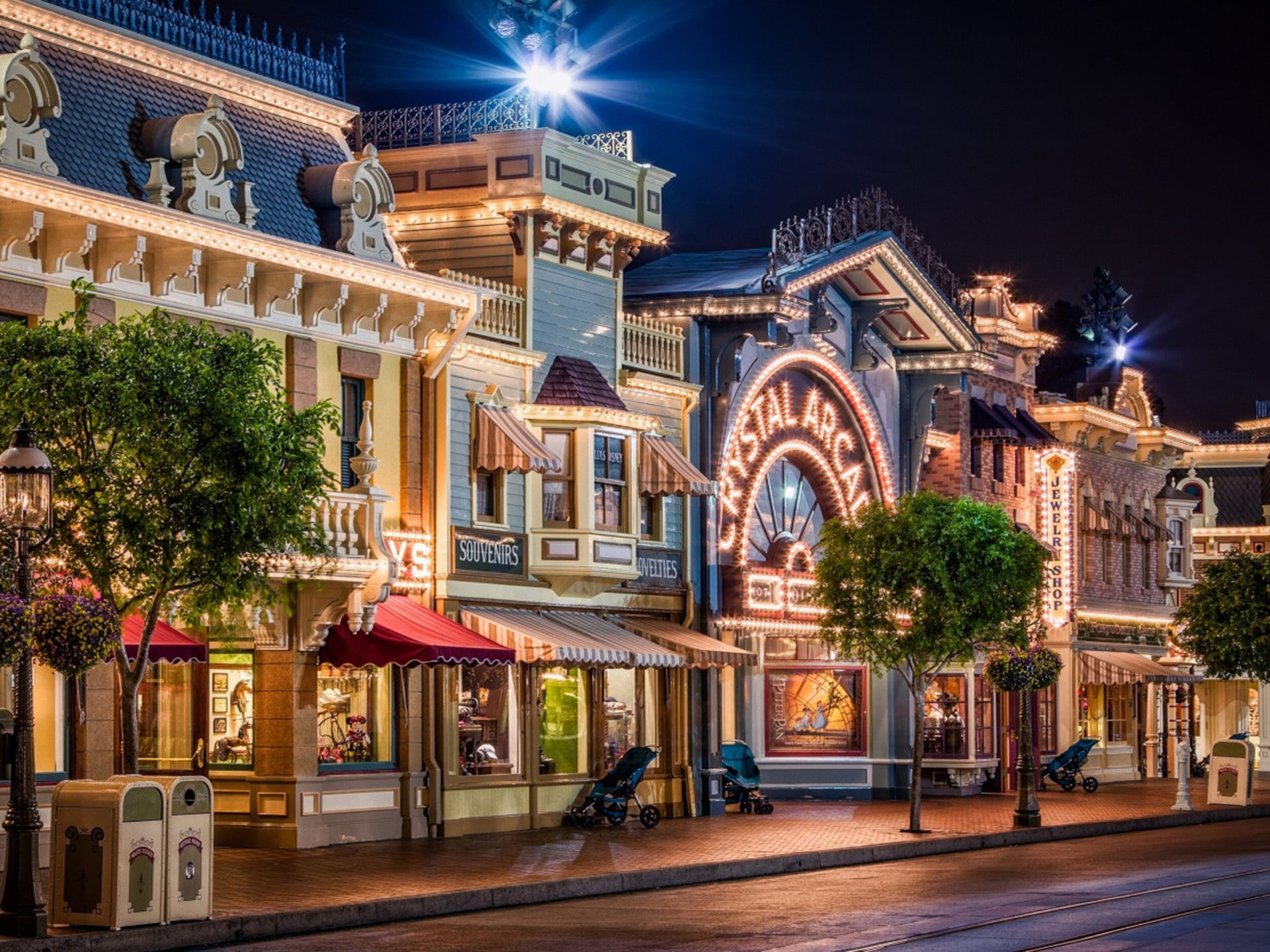 Iphone 5 Panorama Wallpaper Disneyland Street Usa Wallpaper Hd Wallpapers13 Com