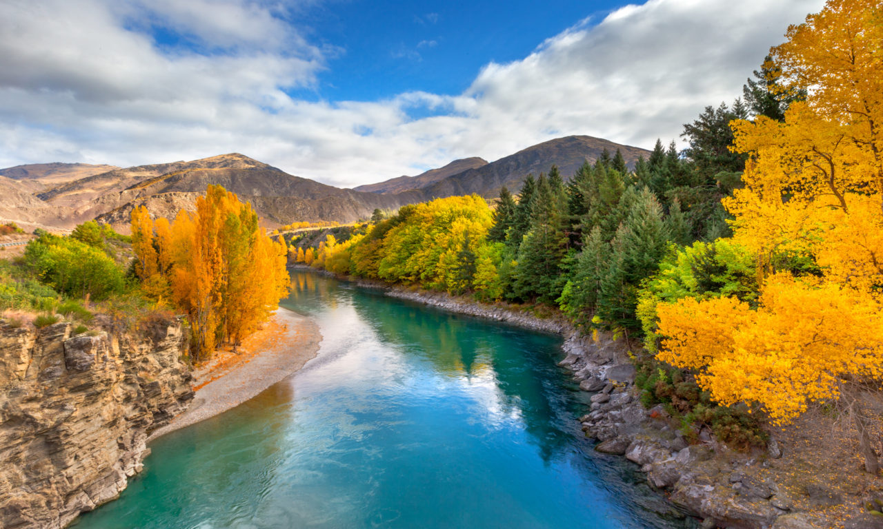 Bing Daily Wallpaper Iphone Landscape Wallpaper Hd Emerald River Queenstown New