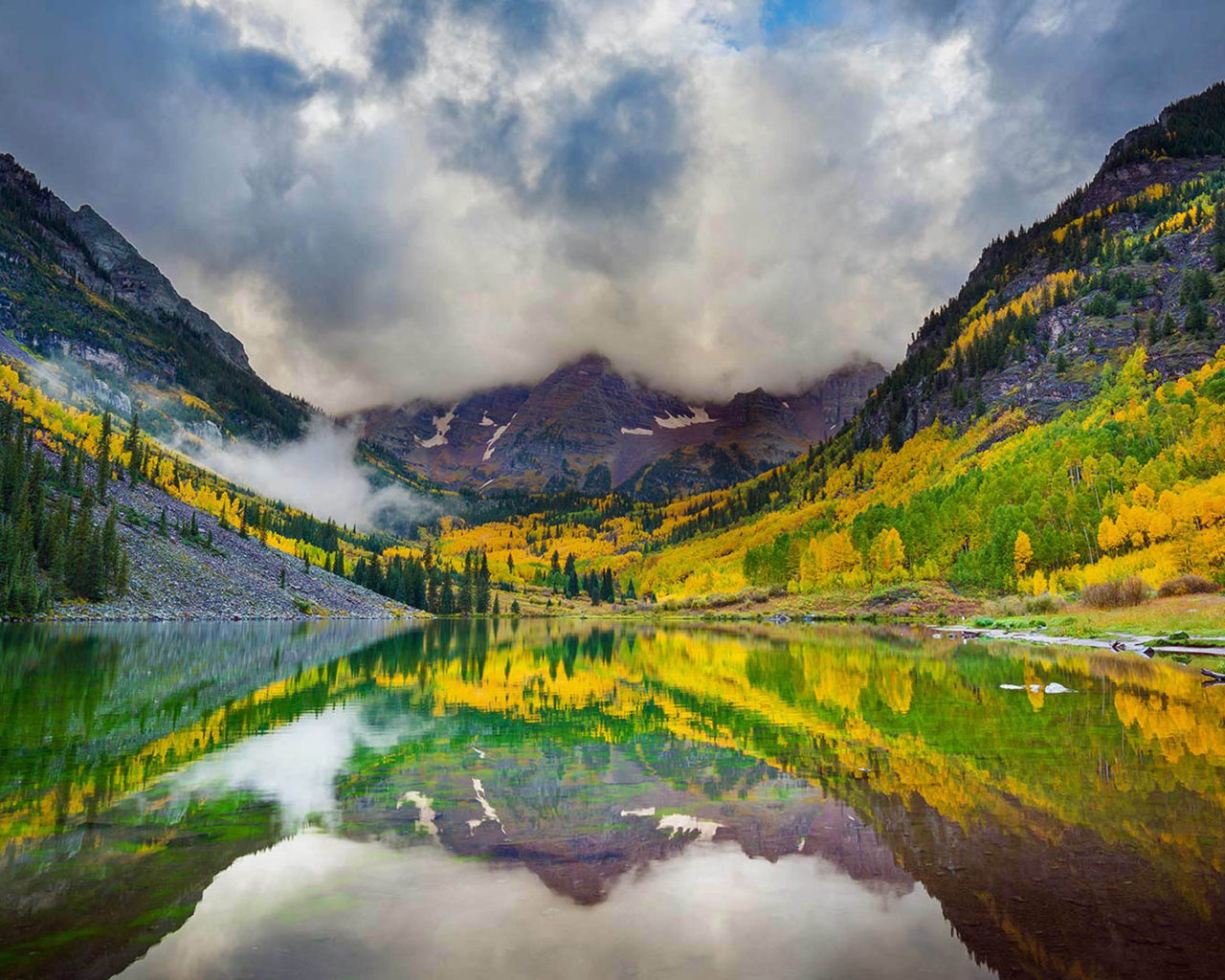 Beautiful Fall Scenery Wallpaper Maroon Lake And The Maroon Bells Snowmass Wilderness