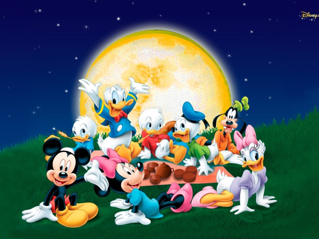 Cartoon Hd Wallpapers For Iphone 5 Mickey Mouse And Friends With Donald Duck Family Wallpaper