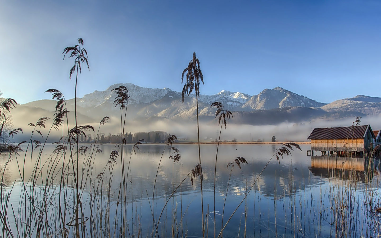Hd Snowy Mountain Wallpaper Lake Cane Reeds Wooden Fishing Houses Fog Evaporation
