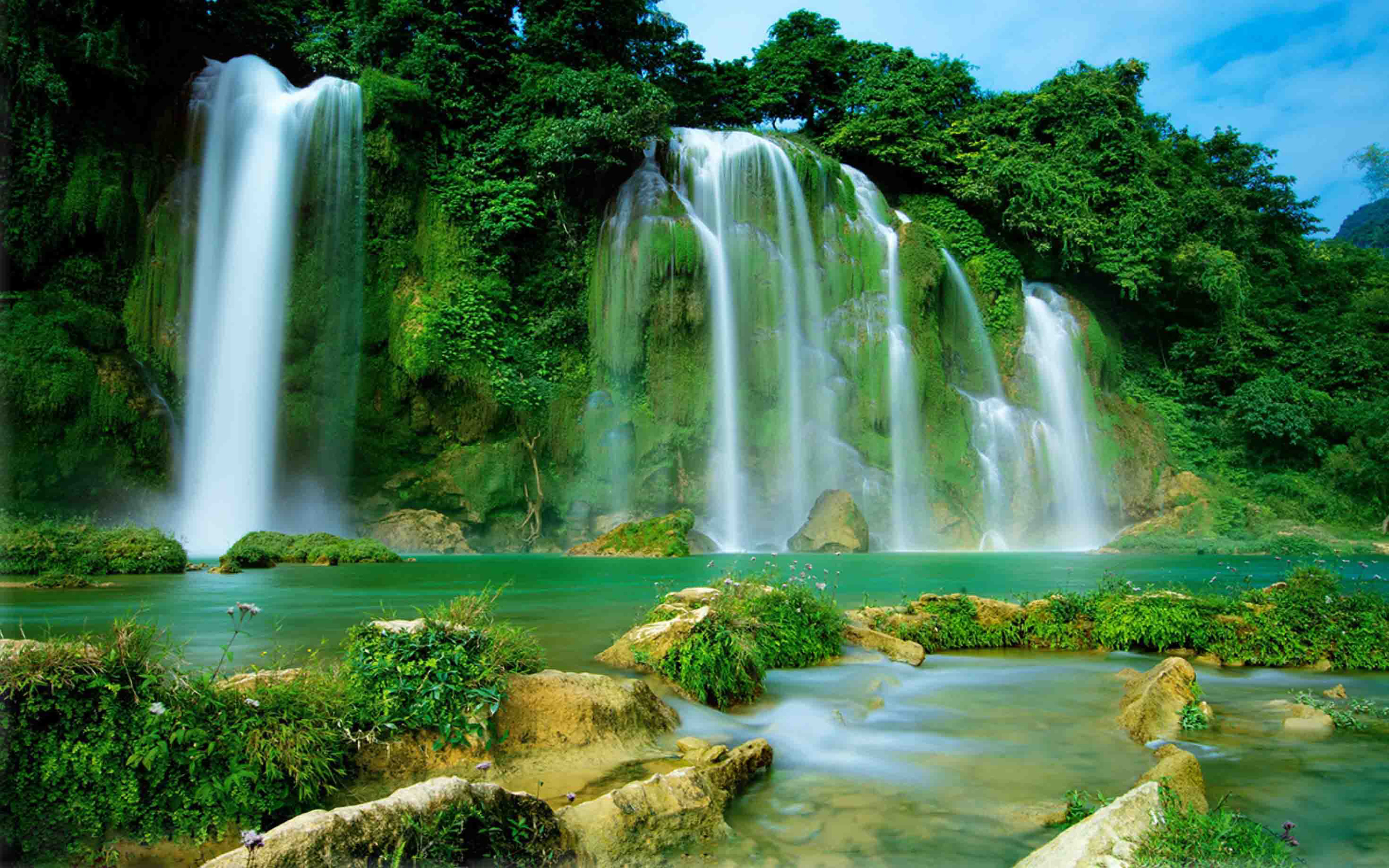 Fall With Water Wallpaper Hd Ba Be Lake Ban Gioc Detian Falls Vietnam And China Hd