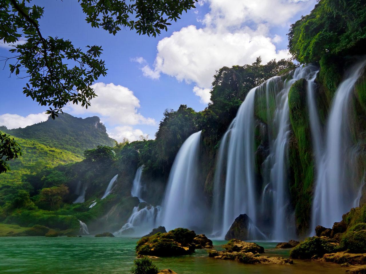Iphone Wallpaper Waterfall Ban Gioc Detian Falls Cao Bang Province China Hd Wallpaper