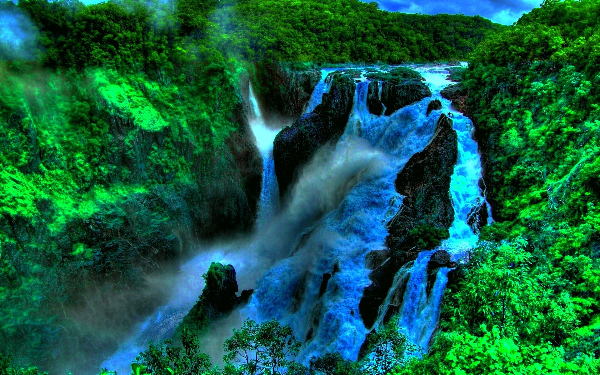 4k Laptop Wallpaper Fall Forest Deep In The Jungle Beautiful Waterfall In Tropical Green