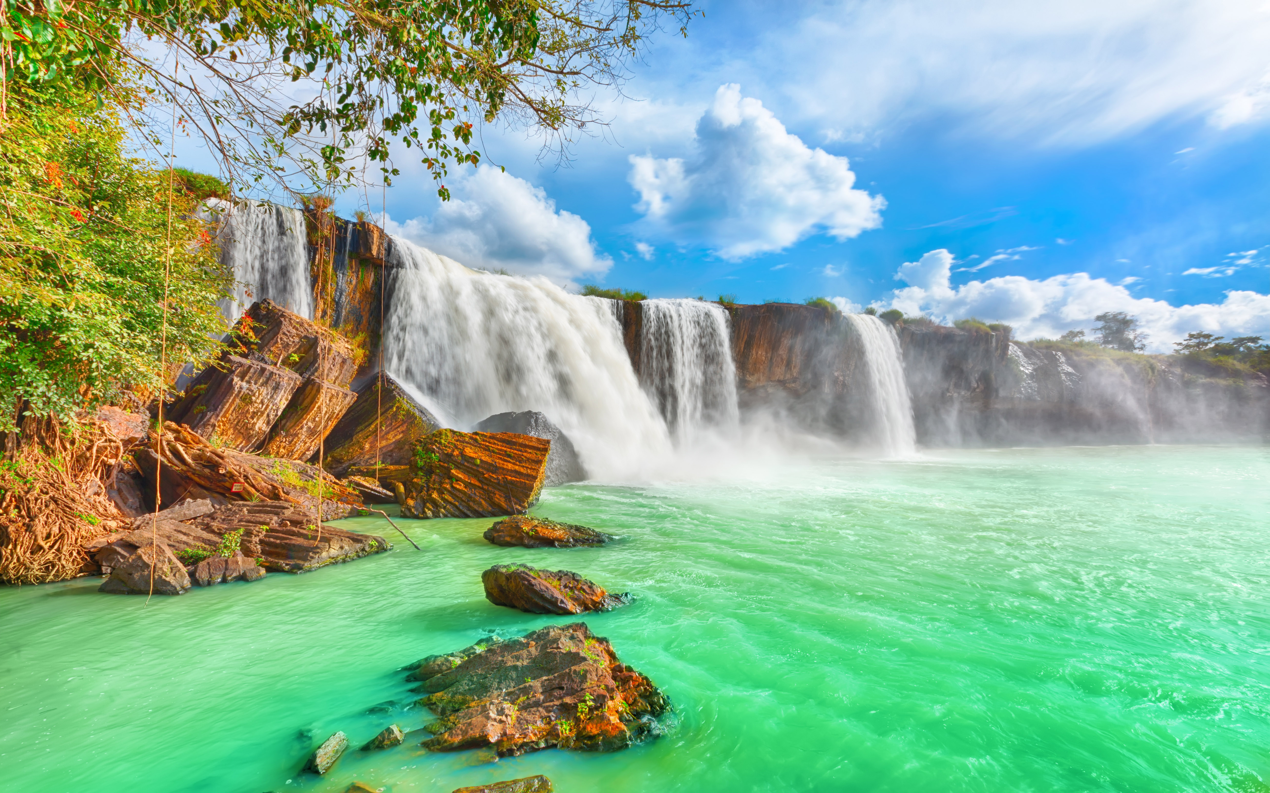 Victoria Falls Hd Wallpaper Dry Nur Beautiful Waterfall In Vietnam With Turquoise