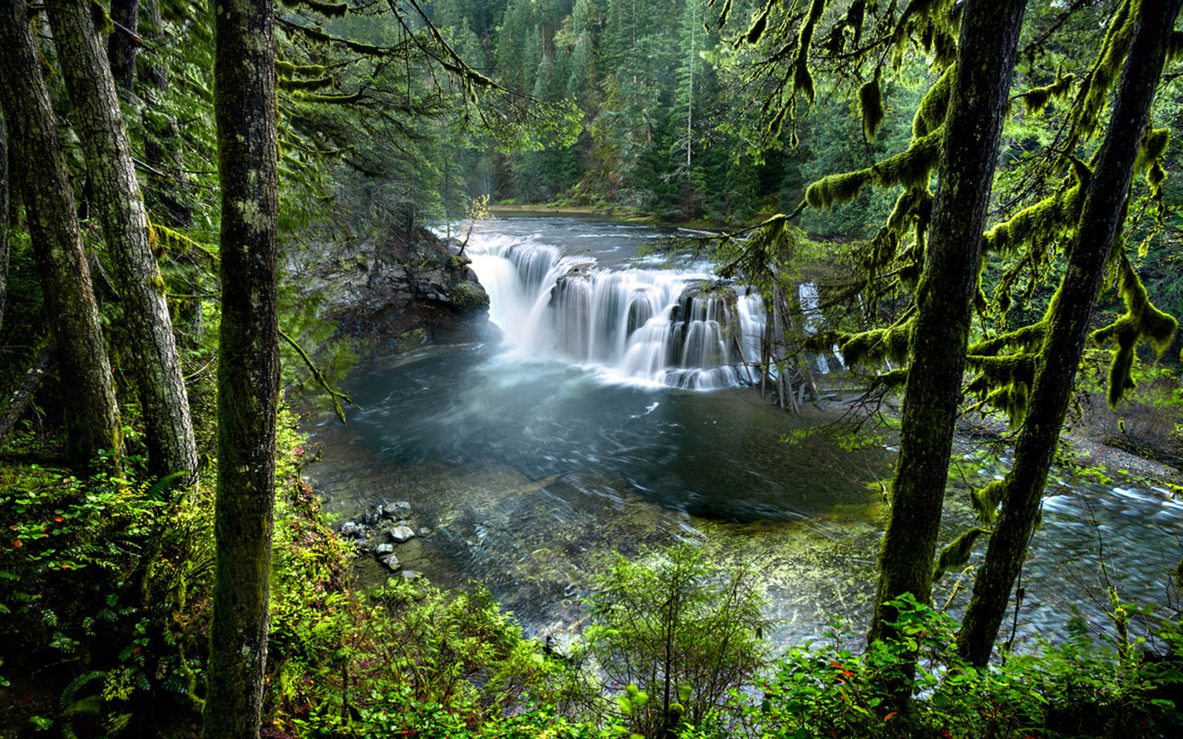 Victoria Falls Wallpapers High Resolution Cascading Waterfalls Lower On Lewis River National Forest