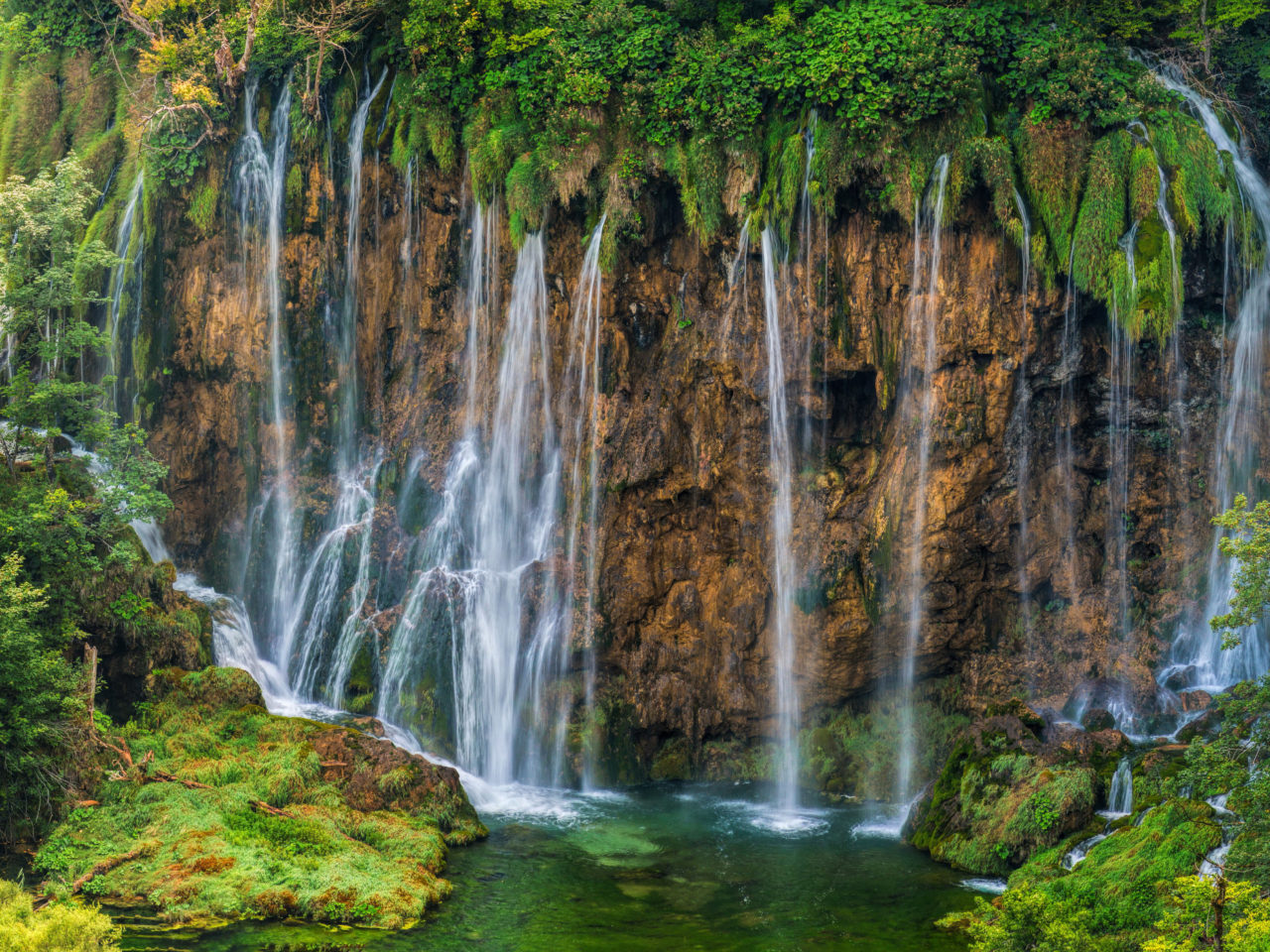 Fall Tablet Wallpaper National Park Plitvice Croatia Waterfall Cliff Nature