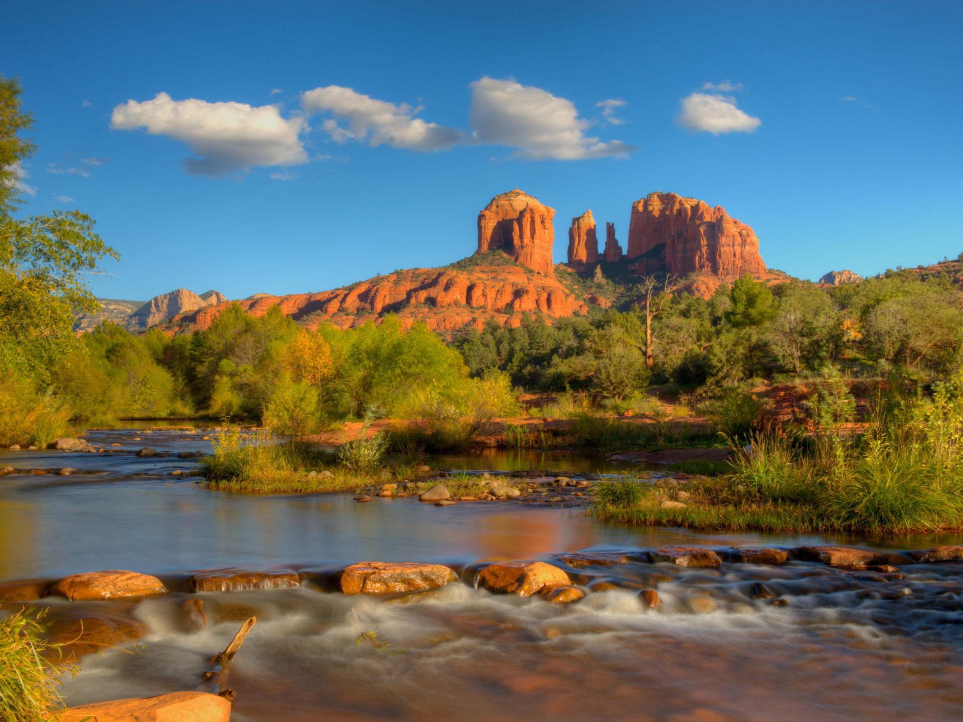 Free Fall Season Wallpaper Oak Creek And Cathedral Rock Sedona Arizona Usa Hd