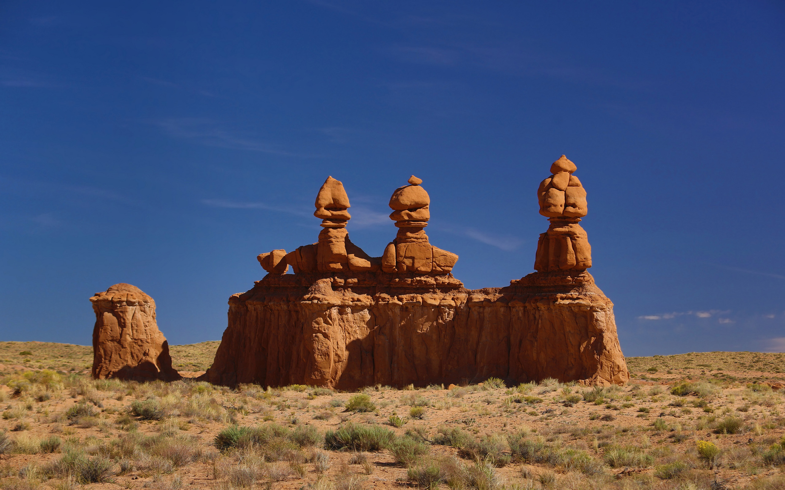 Hd Wallpaper For Mobile 1920x1080 Cars Stone Figures Goblin Valley State Park Utah Usa Desktop Hd