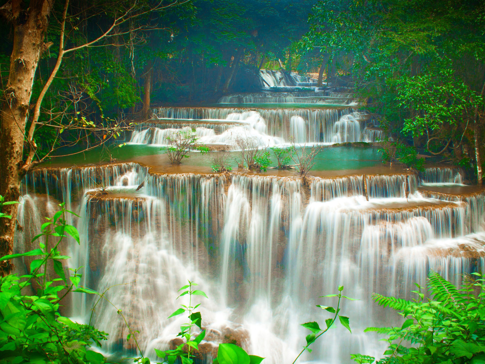 Iphone 5 Hd Wallpaper Nature Tropics Cascade Waterfalls Green Trees Huay Maekamin