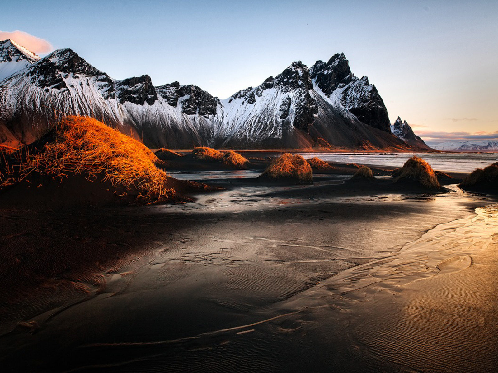 Snow Wallpaper Iphone 5 Vestrahorn Iceland Winter Sunrise Landscape Sea Coast