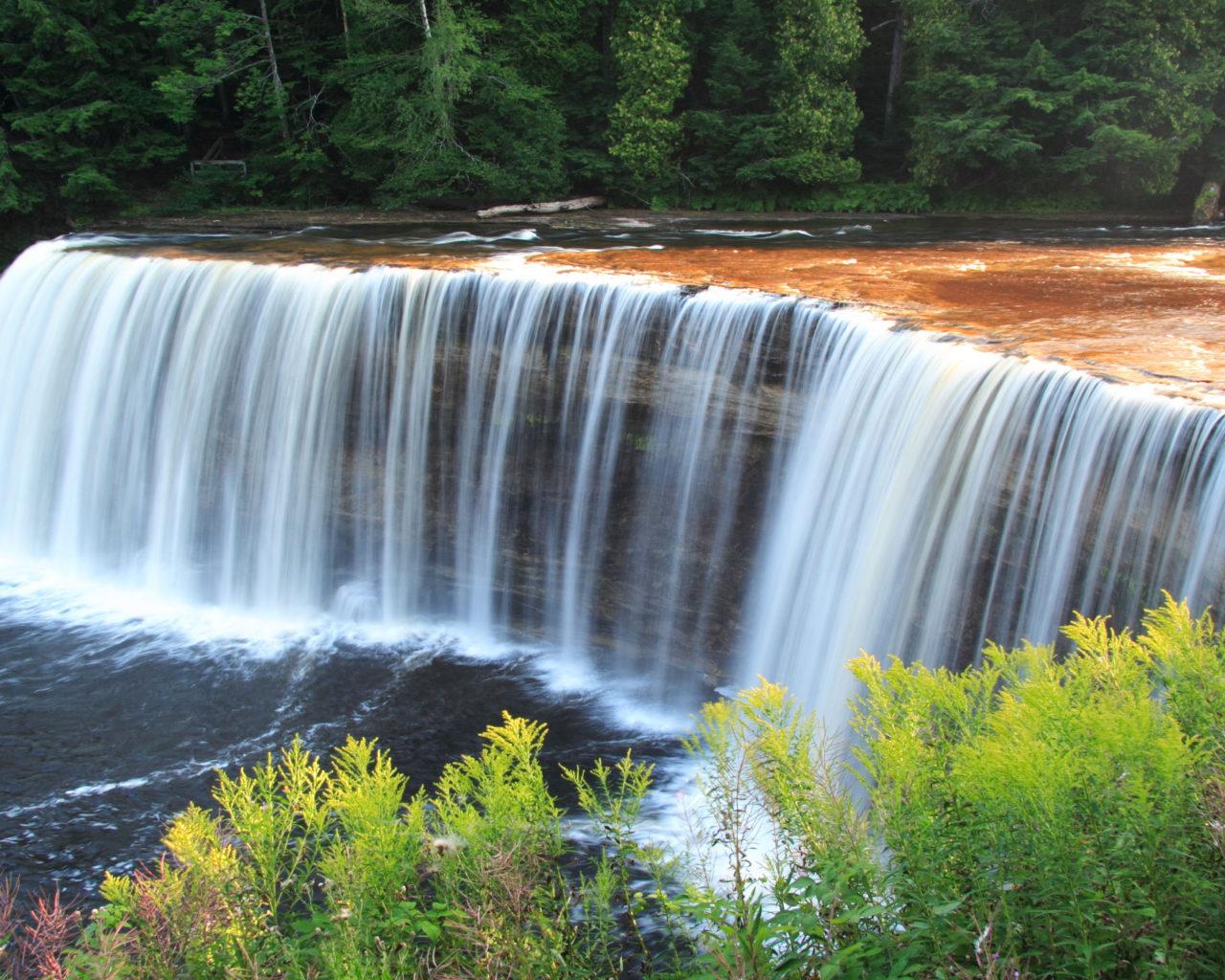 Niagara Water Falls Desktop Wallpaper Tahquamenon Falls Michigan Upper Peninsula Waterfalls