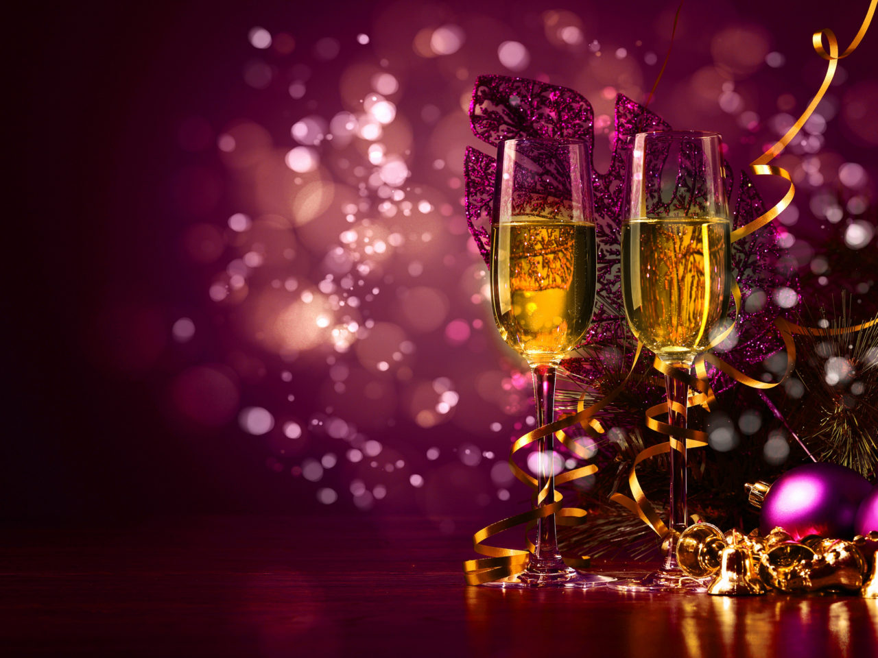 Cute Wallpapers Free Download New Years Toast With Glasses Of Champagne Cute Purple