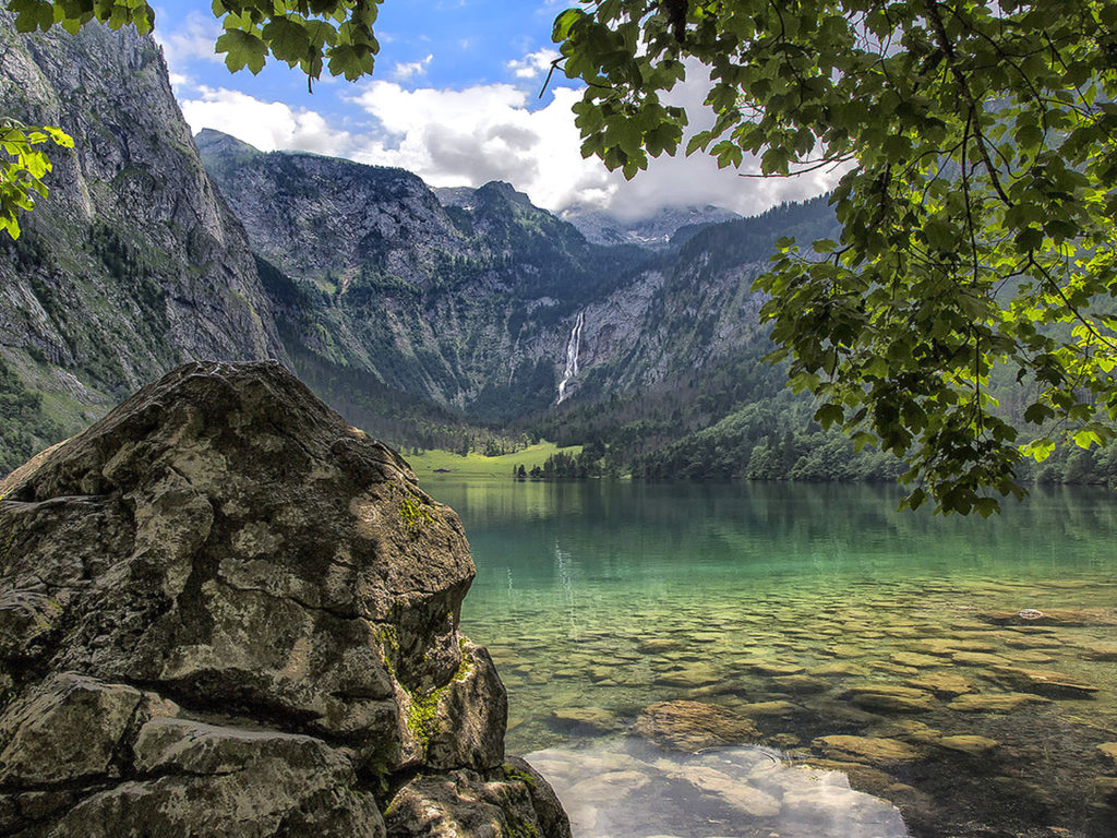 Fall Wallpapers For Iphone 4 Berchtesgaden National Park Bavaria Obersee Lake In
