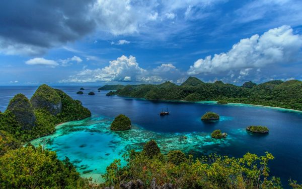 indonesia tropical islands mountain