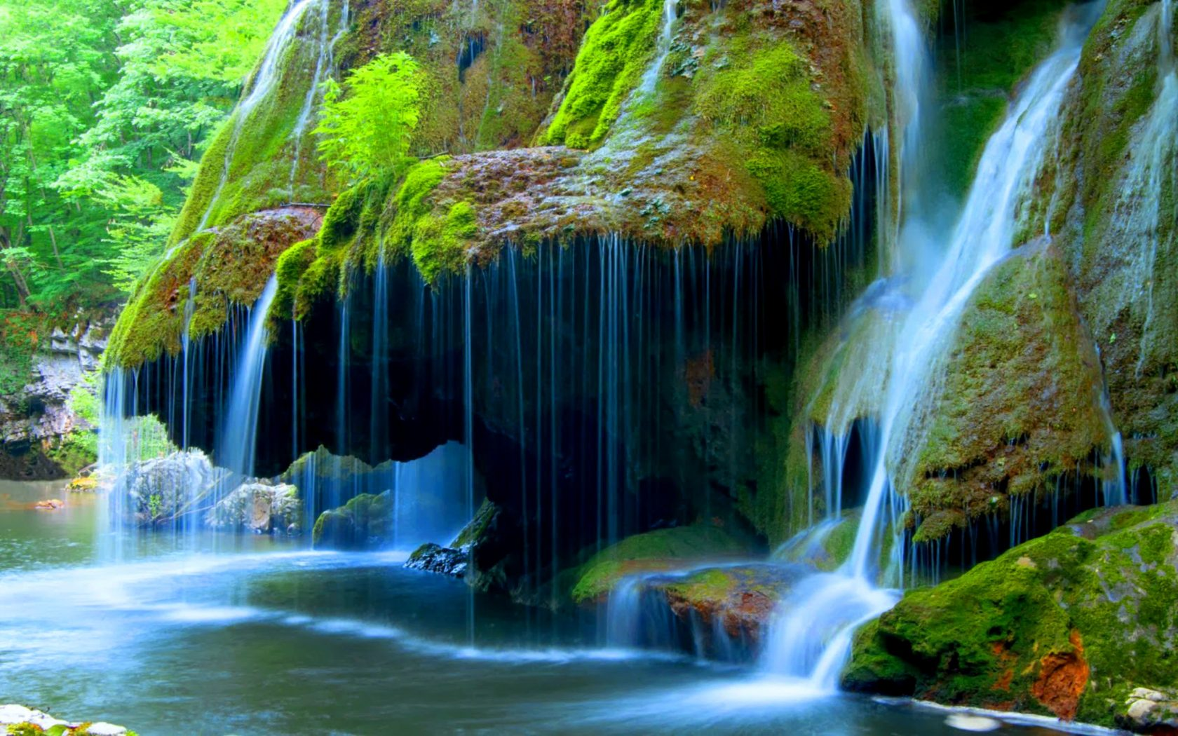 Iphone 5 Panorama Wallpaper Bigar Cascade Falls Beautiful Waterfall In Caras Severin