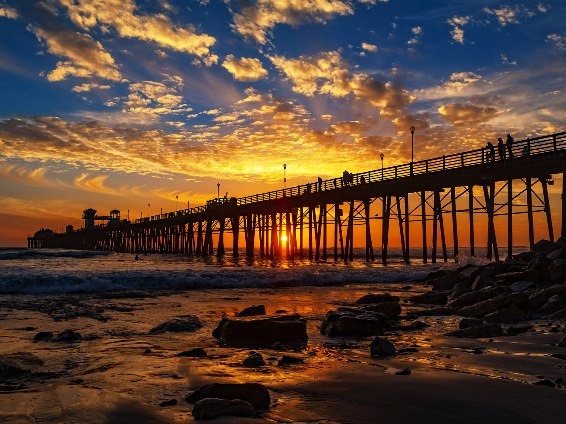 Aladdin Wallpaper Hd Red Sunset At The Oceanside Pier San Diego California