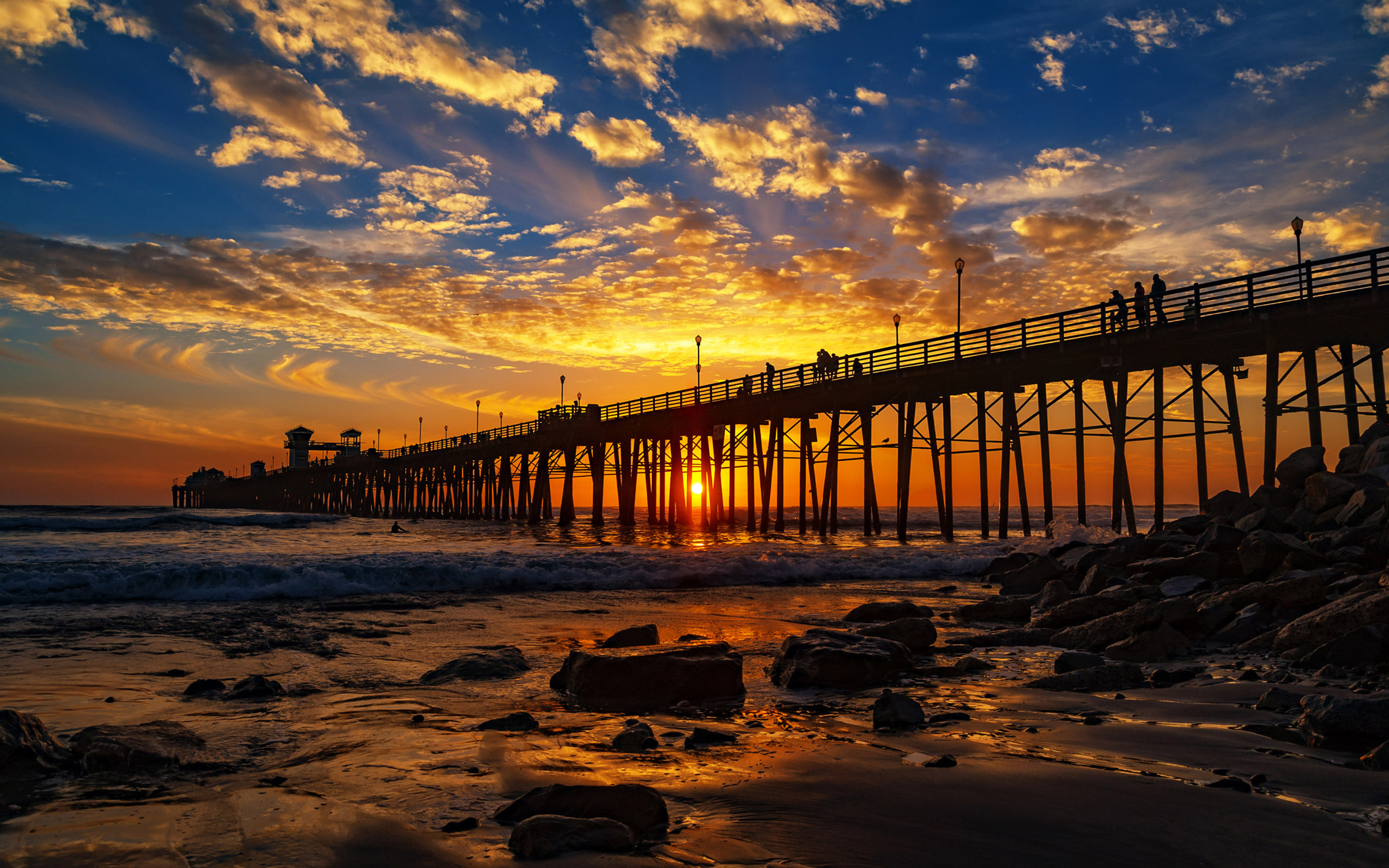 Hd Red Iphone Wallpaper Red Sunset At The Oceanside Pier San Diego California