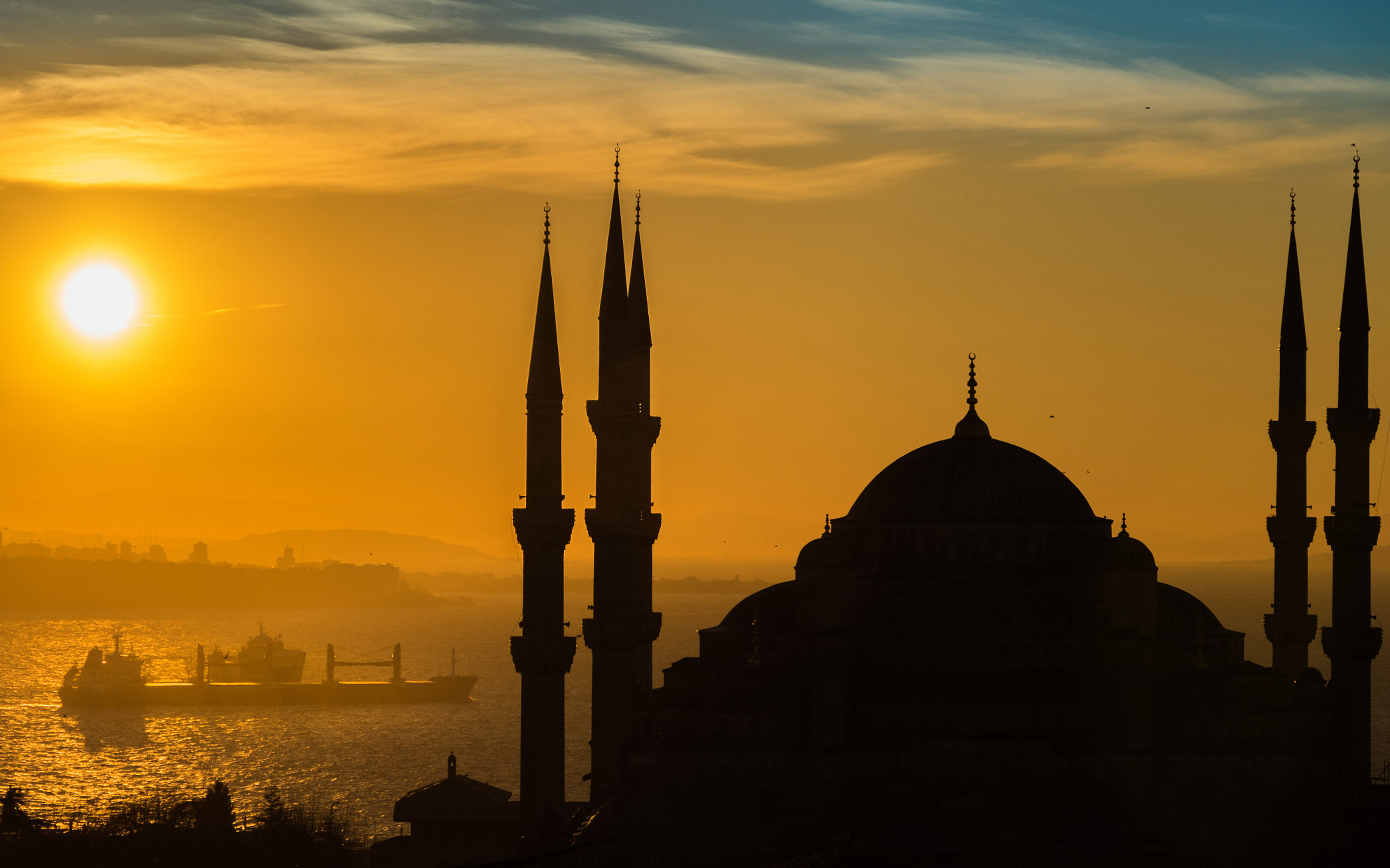 Girl On The Road Wallpaper Sunnset At Istanbul Sultan Ahmed Mosque Turkish 4k Ultra