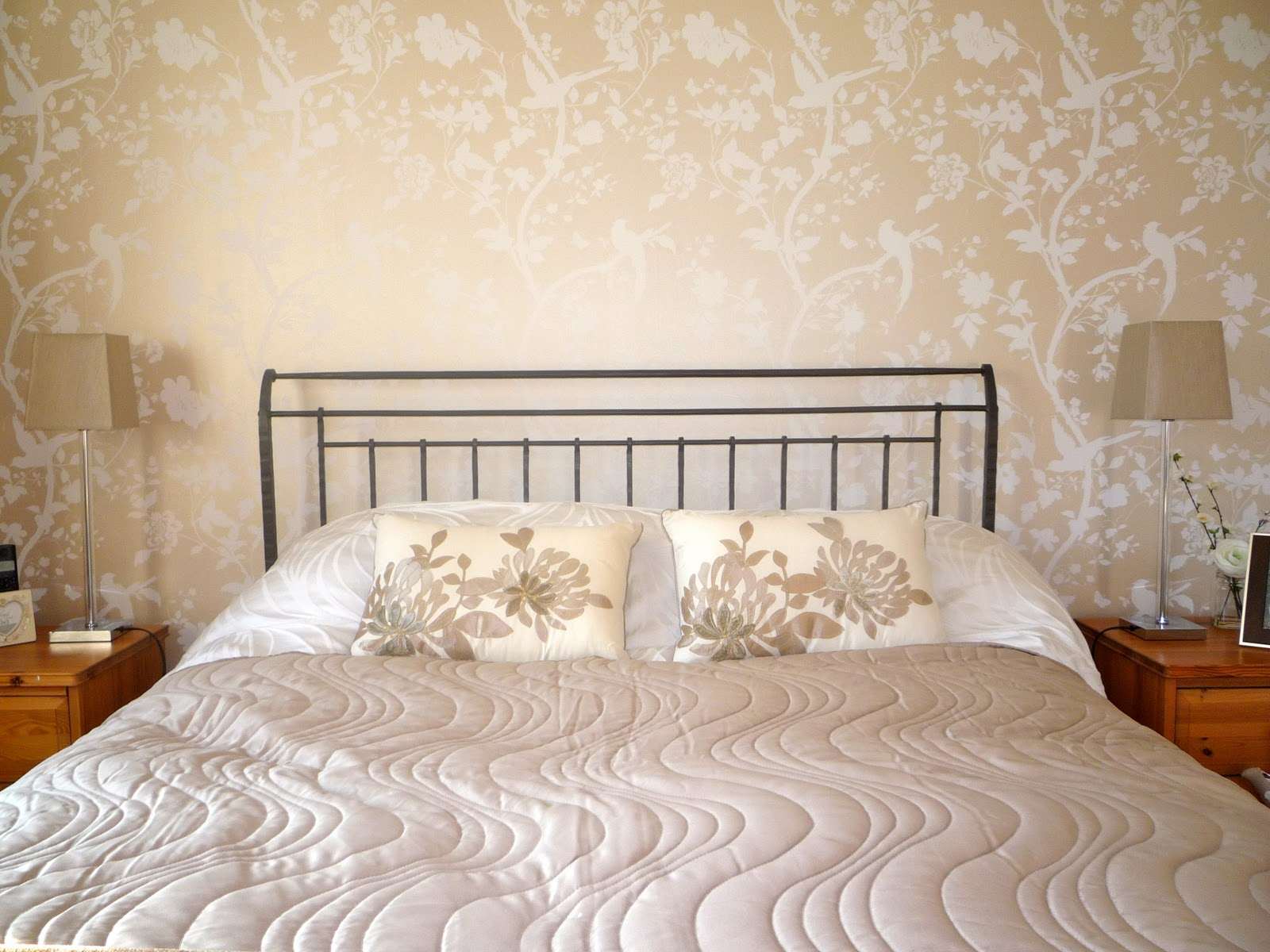 There are many ways to decorate. Download Buy Discontinued Laura Ashley Wallpaper Gallery