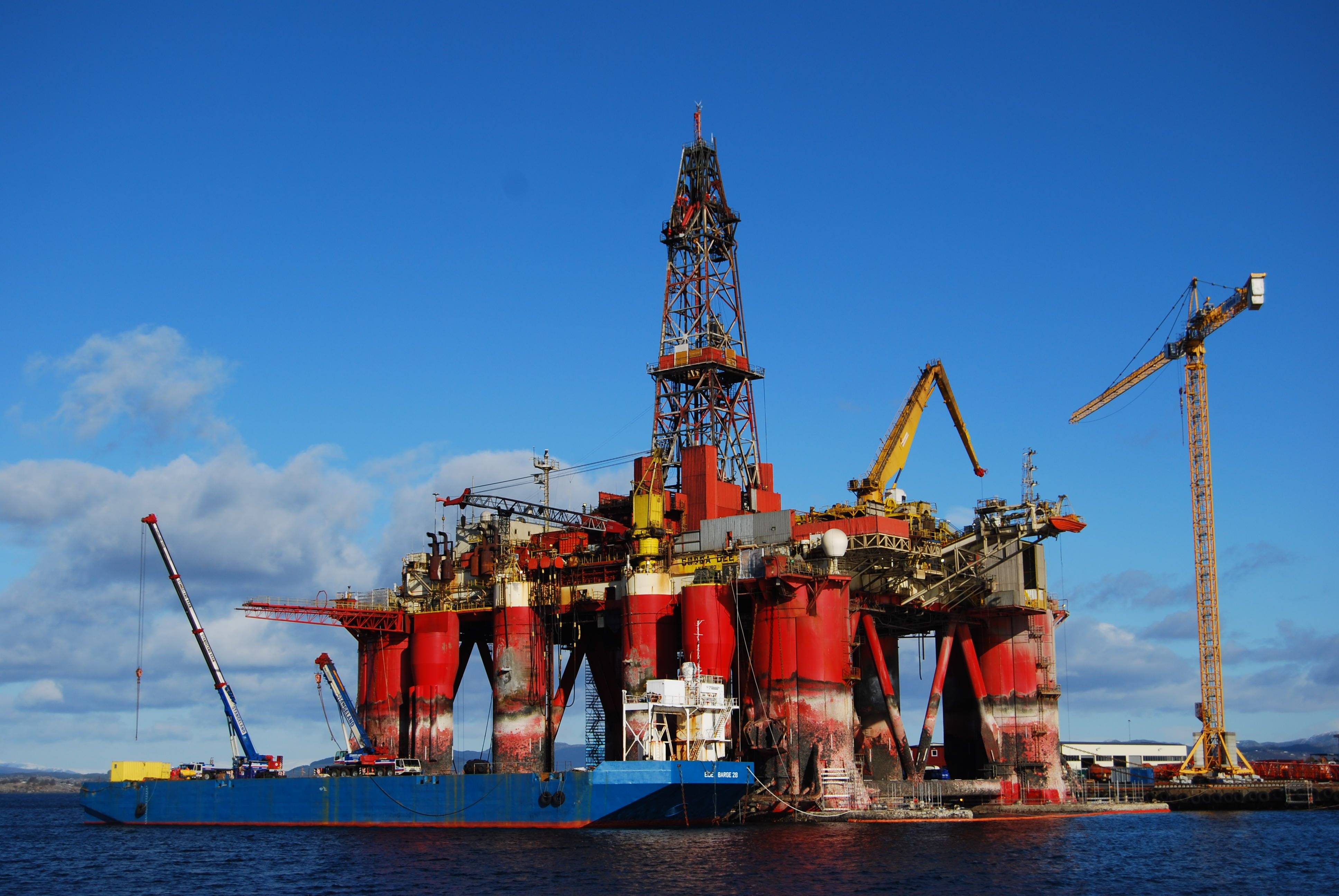Red Star 3d Wallpaper Download Drilling Rig Pictures Wallpaper Gallery