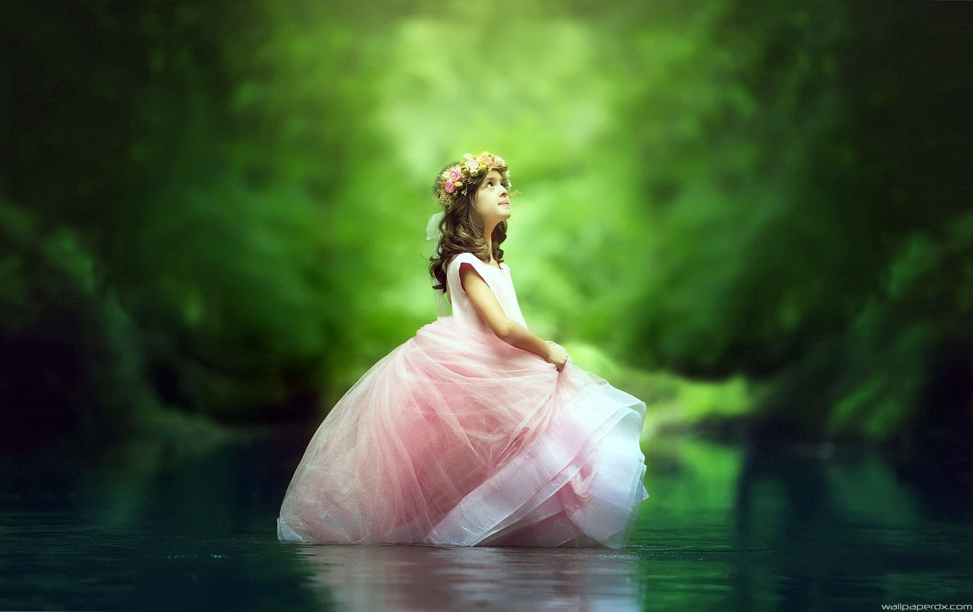 Cute Small Girl Wallpapers For Facebook Download Little Princess Wallpaper Gallery