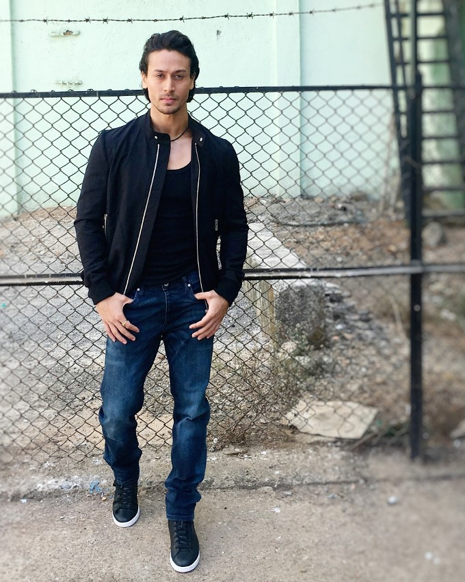 Cute Mint Blue Wallpapers Download Tiger Shroff Hd Wallpaper Download Gallery