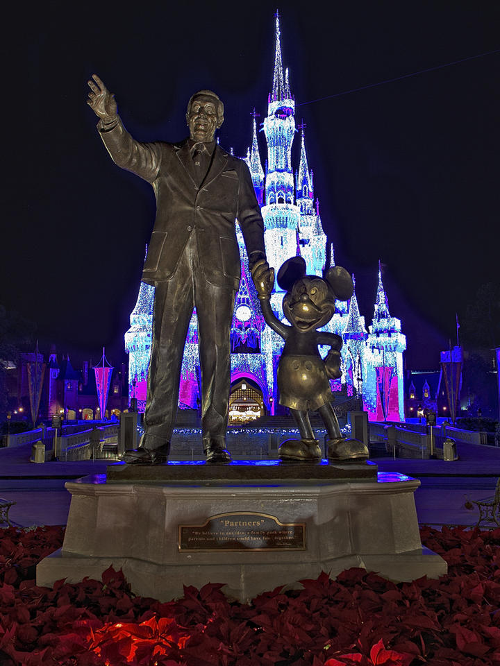 3d Effect Wallpaper For Android Download Walt Disney World Christmas Wallpaper Gallery