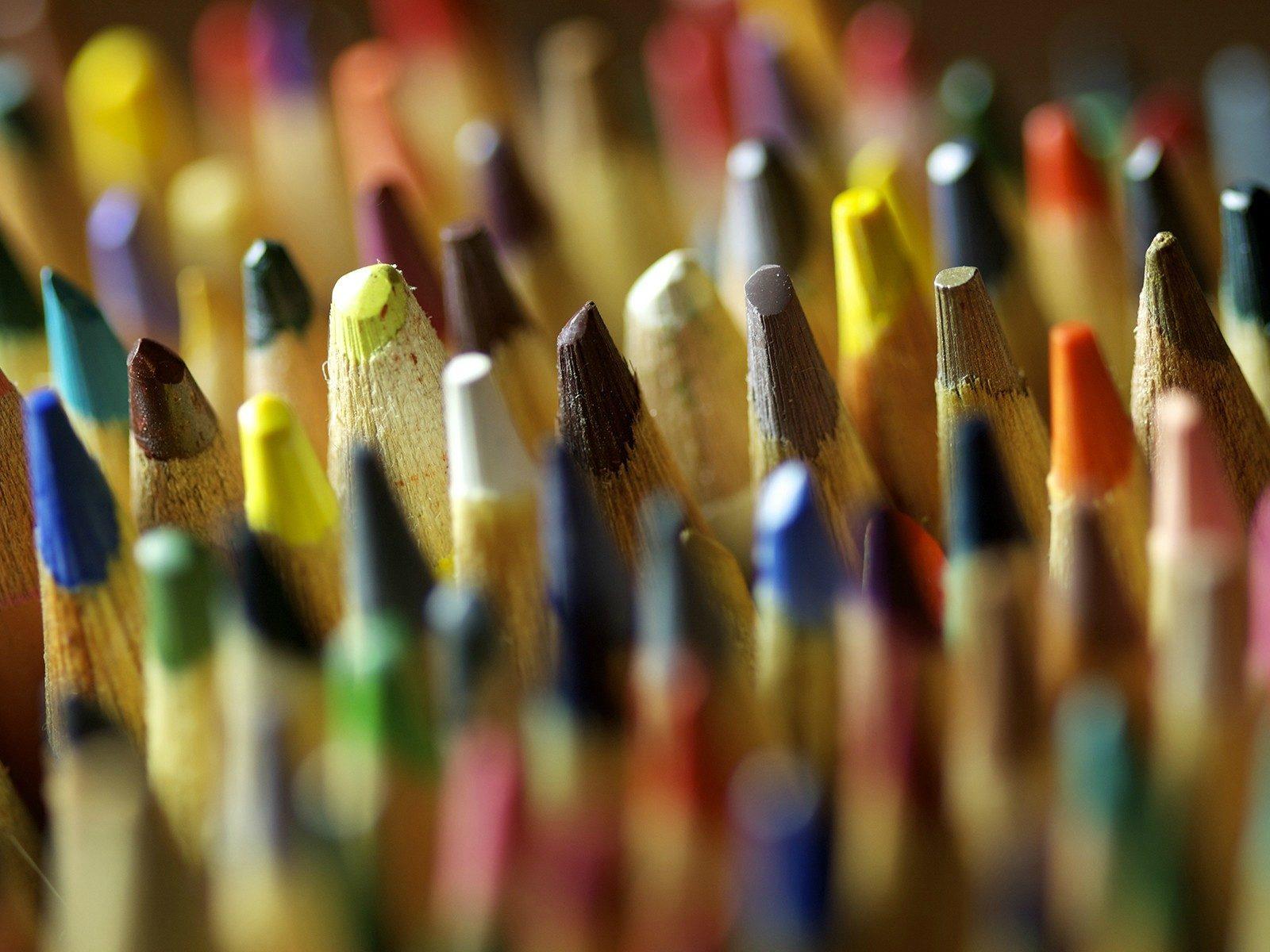 Cars Wallpapers 480x800 Color Pencils Close Up Wallpaper Hd Wallpaper Background