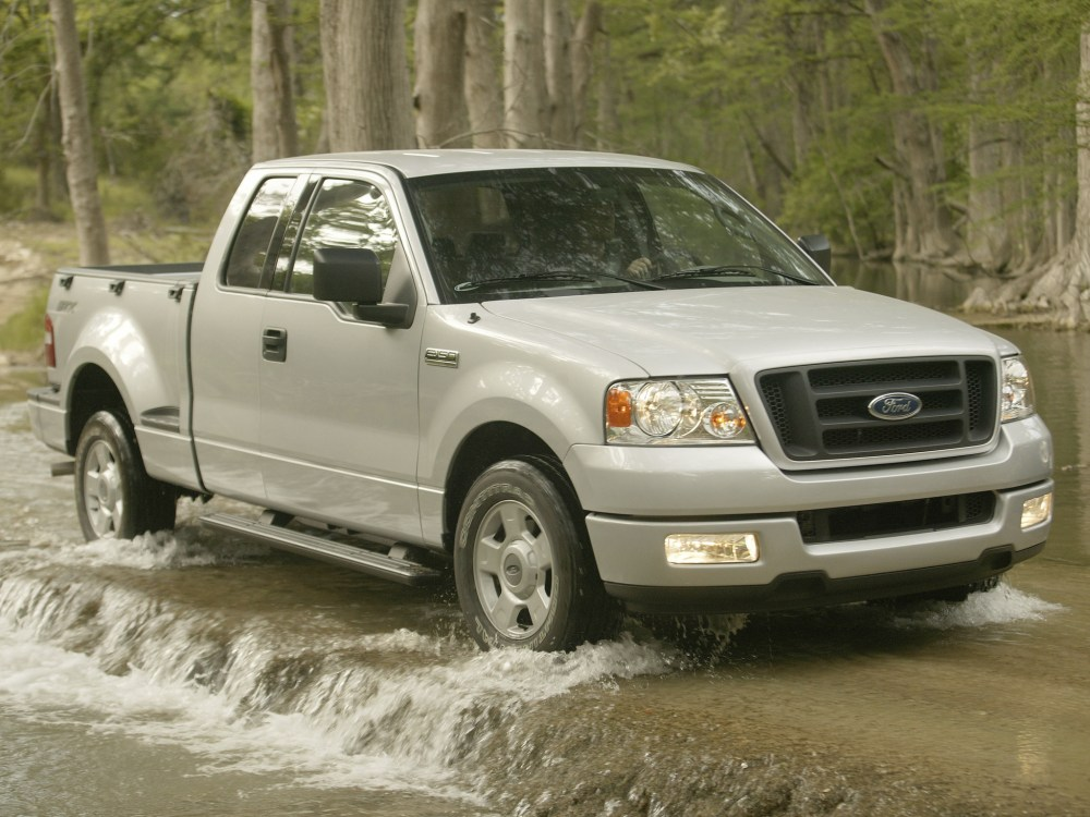 medium resolution of 2004 ford f 150 stx pickup gh wallpaper 2048x1536 142590 wallpaperup