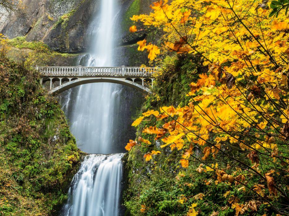 Multnomah Falls Oregon Wallpaper Multnomah Falls Columbia River Gorge Oregon Waterfall