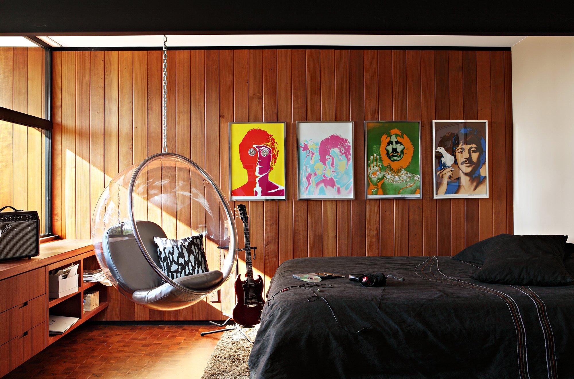chair for teenage bedroom metal frame chairs bed interior design room beatles wallpaper