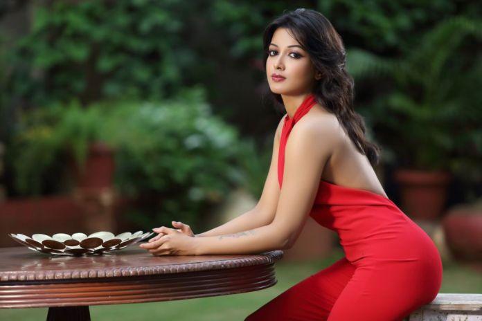 Most Beautiful Indian Girl - Catherine Tresa