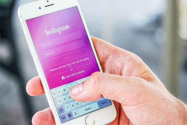Strategies to Boost Email Signups with Instagram Marketing