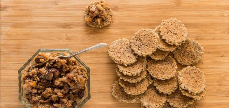 Walnut and Oat Crackers