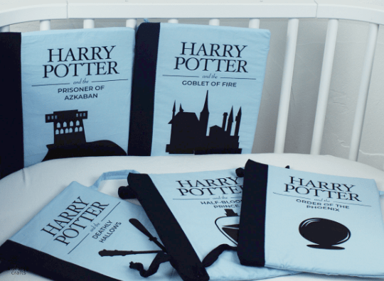 #bookCribBumper Harry Potter book crib bumpers - free template - free sewing pattern and instructions #diy #handmade